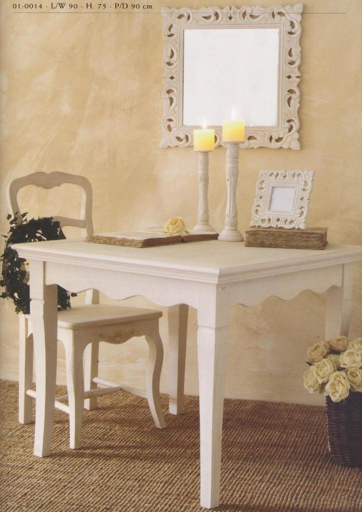 Tavoli e tavolini provenzali country provence bianchi for Arredamento country provenzale